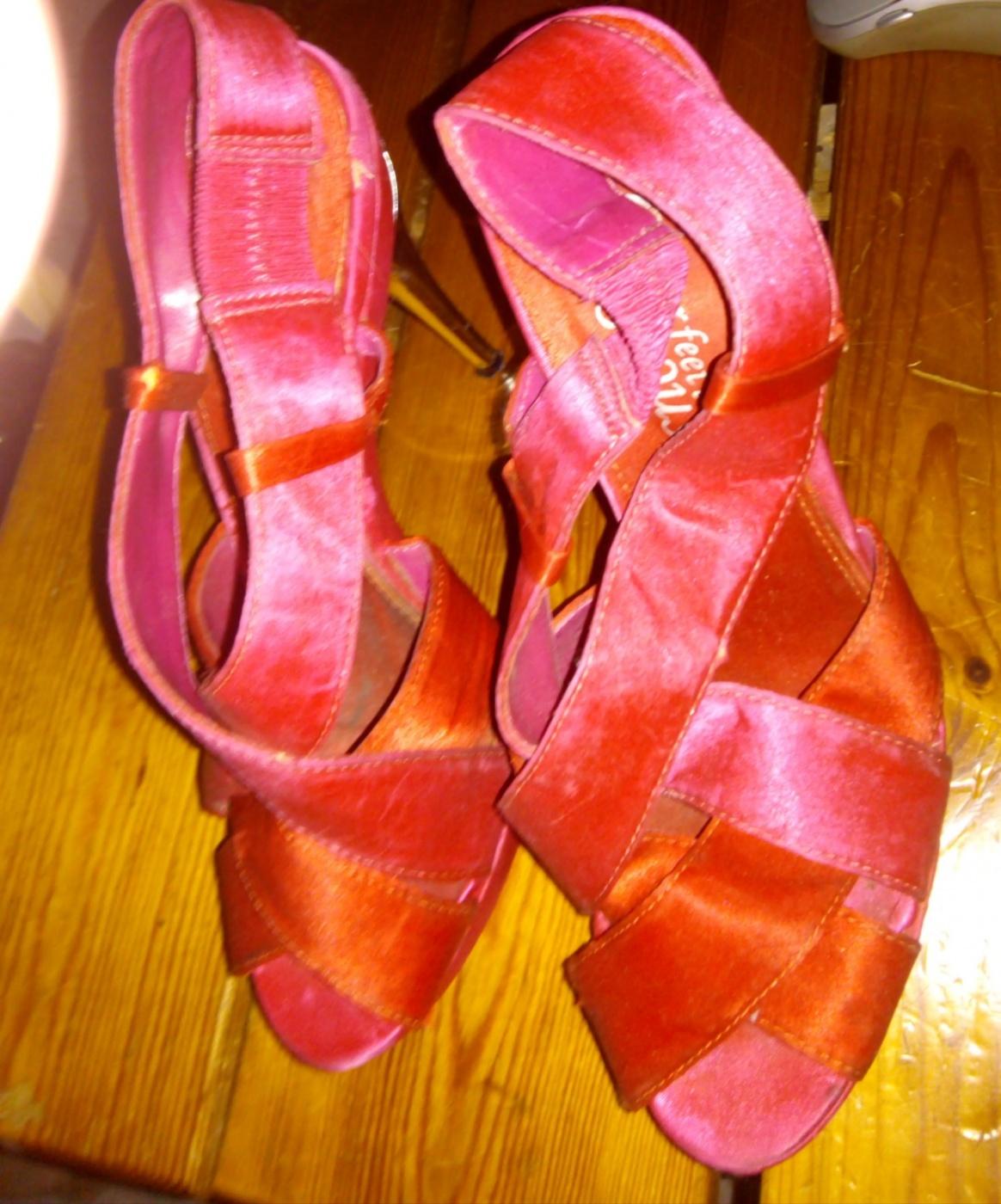 chaussures compensées fuschia